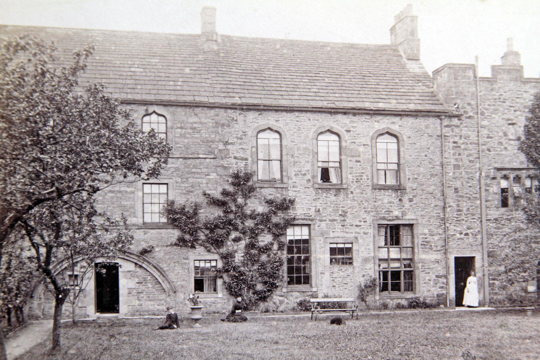 Crewe 1890s